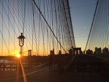 Zeichen, Ziegelsteine, nahe der Brooklyn-Br?cke lizenzfreie stockfotografie
