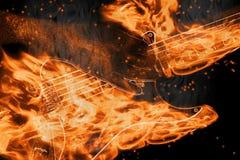 Zeichenketten des Feuers Stockfotos