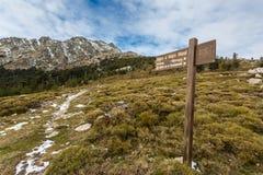 Zeichenmarkierung Stute ein Stutenweg an Col. de Vergio in Korsika Lizenzfreie Stockbilder