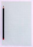 Zeichenpapier mit Maßeinteilung mit Bleistift Lizenzfreies Stockbild