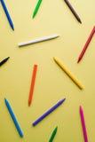 Zeichenstifte von verschiedenen Farben Stockfotos