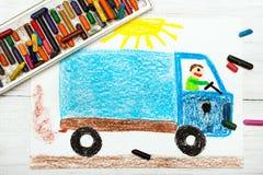 Zeichnen: Mann in einem blauen LKW Lizenzfreie Stockfotos