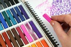 Zeichnen mit Pastellen Lizenzfreie Stockbilder