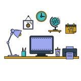 Zeichnen Sie flachen Vektorillustrationsarbeitsplatz mit Tischrechner, Arbeitsplatz, Ausrüstung im Büroinnenraum Stockfotografie