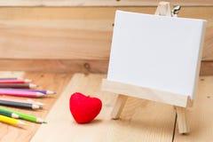 Zeichnen Sie leeren Raum der Malleinwand für Textfarbenschule Lizenzfreie Stockfotos