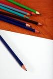 Zeichnender Zubehörfokus auf Bleistiftspitze Lizenzfreie Stockfotos