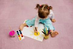 Zeichnung der Kinder stockbild