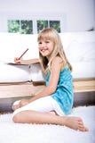 Zeichnungs-Schulmädchen Lizenzfreie Stockfotos