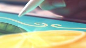 Zeichnungs-Zitronen in der Nahaufnahme stock video footage