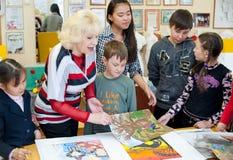 Zeichnungsschule für Kinder Stockbild