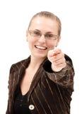 Zeigen der jungen Frau Lizenzfreies Stockfoto