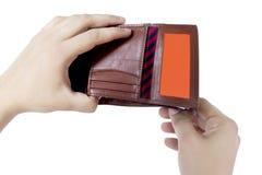 Zeigen der leeren Geldbörse Stockbilder