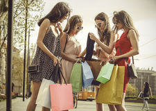 Zeigen des Einkaufens Lizenzfreie Stockbilder