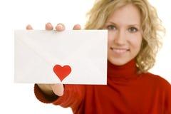 Zeigen eines Liebesbriefs Stockbild