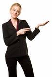 Zeigende und anhaltene Frau Stockfoto