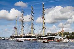 Zeil Amsterdam 2010 - paradeer zeil-binnen Royalty-vrije Stock Foto's