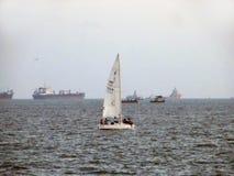 Zeilboot in Arabische overzees Royalty-vrije Stock Fotografie