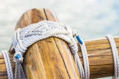 Zeilboot die 1 geselen Stock Foto
