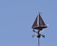 Zeilboot Weathervane stock afbeelding