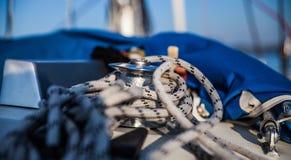 Zeilbootdetail stock afbeeldingen