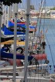 Zeilbootopstelling in Jachthaven Royalty-vrije Stock Fotografie
