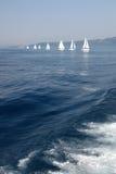 Zeilboten in het Ionische overzees Stock Afbeelding