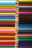 Zeile der Bleistifte lizenzfreie stockfotos