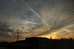 Zeilen im Himmel Stockfoto