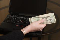Zeit, den Pfeifer zu zahlen lizenzfreie stockfotos