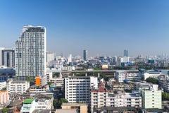 Zeit der Bangkok-Flussansicht in der Dämmerung, Thailand Lizenzfreie Stockfotografie