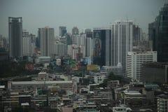 Zeit der Bangkok-Flussansicht in der Dämmerung, Thailand Lizenzfreies Stockfoto
