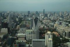 Zeit der Bangkok-Flussansicht in der Dämmerung, Thailand Lizenzfreie Stockfotos