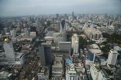 Zeit der Bangkok-Flussansicht in der Dämmerung, Thailand Stockbild