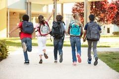 Zeit der Schulkinder zu Hause Stockbilder