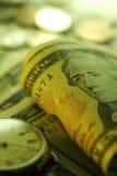 Zeit - ein Geld Gebrauch als Tapete, Musterfülle oder neutraler Hintergrund Abschluss-oben - Archivbild Stockfoto