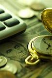 Zeit - ein Geld Gebrauch als Tapete, Musterfülle oder neutraler Hintergrund Abschluss-oben - Archivbild Stockbilder