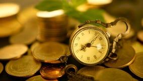 Zeit für Erfolg des Finanzgeschäfts Investition, Geschäftsfinanzideenkonzept Management-Leistungsfähigkeit, Zeit ist Geld stock video