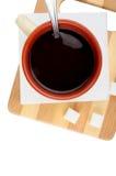 Zeit für einen Tasse Kaffee Draufsicht eines Stilllebens mit einem Tasse Kaffee, Stockfotografie
