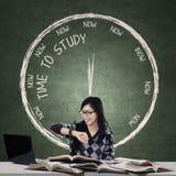 Zeit, Konzept zu studieren Lizenzfreies Stockfoto