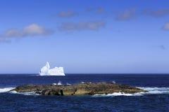Zeit Neufundland-Eisbergs im Frühjahr lizenzfreies stockbild