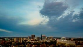 Zeit-Schöße Sonnenaufgang auf dem Fall über Boise Idaho
