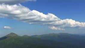 Zeit-Versehen der schönen Sommerlandschaft stock footage
