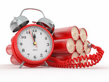 Zeitbombe mit Alarmuhrzündkapsel. Dynamit Lizenzfreie Stockbilder