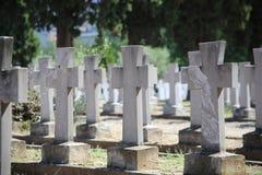 Zeitenlik militärt kyrkogård- och världskrig som jag minnesmärken parkerar i Thessaloniki, det störst i Grekland arkivbild