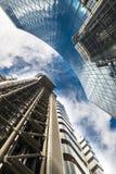 Zeitgenössische Gebäude in London, Großbritannien lizenzfreie stockfotos