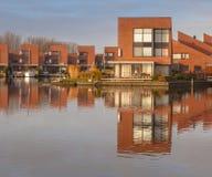 Zeitgenössische Wohnhäuser Lizenzfreie Stockfotografie