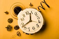 Zeitlose gebrochene Uhr Lizenzfreies Stockfoto