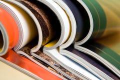Zeitschriften im Aufbau Lizenzfreies Stockfoto