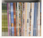 Zeitschriften-Regal Stockfotos