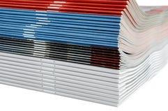 Zeitschriften-Stapel stockbild